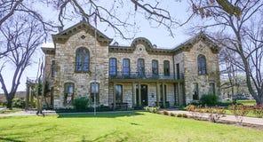 A biblioteca memorável em Fredricksburg, Texas imagens de stock