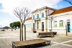 Biblioteca municipal de Palmela, Largo de S João, em Palmela, Setúbal, Portugal imagem de stock