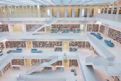 Biblioteca pública municipal de Stuttgart, Alemania Imagen de archivo libre de regalías