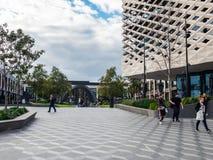 Biblioteca real, aprendizaje y centro cultural en Ringwood en los suburbios del este de Melbourne Fotos de archivo