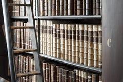 Biblioteca velha, faculdade da trindade, Dublin, Irlanda foto de stock royalty free
