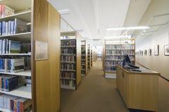 Biblioteczny czytelniczy pokój zdjęcia stock