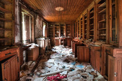Bibliothèque abandonnée (HDR) Photos stock