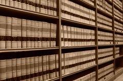 bibliothèque de loi de 2 livres vieille Photographie stock