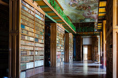 Bibliothèque de monastère Image libre de droits