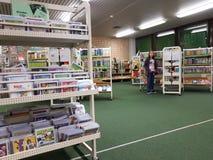 Bibliothèque municipale dans l'école Photos stock