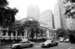 Bibliothèque nationale de New York en photo noire et blanche images libres de droits