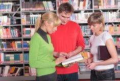 In bibliotheek Stock Afbeeldingen