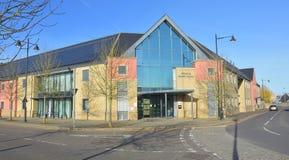 Bibliotheek en Gezondheidscentrum Cambourne, Cambridgeshire Stock Foto's