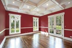 Bibliotheek met rode muren Stock Afbeelding