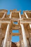 Bibliothek Celsus des Haupteingangs Stockbild