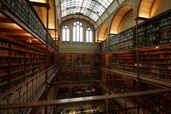 Bibliotheksinnenraum in Amsterdam stockfoto