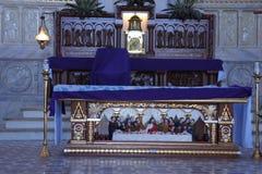 Biblisk plats i inre av den kristna templet i staden av Puerto Princesa på Palawan öFilippinerna Royaltyfri Foto