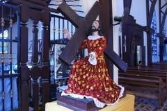 Biblisk plats i inre av den kristna templet i staden av Puerto Princesa på Palawan öFilippinerna Arkivbilder