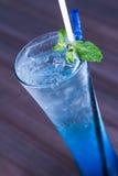 Bicarbonate de soude bleu photo libre de droits