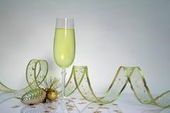 Bicchiere di vino per natale fotografia stock libera da diritti