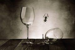 Bicchieri di vino nella cantina Immagine Stock