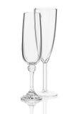 Bicchieri di vino su un fondo bianco Fotografia Stock