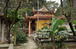 Bich东塔在Ninh Binh,越南 图库摄影