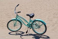 Bici azul Imagen de archivo libre de regalías