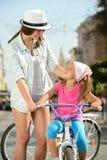 Bici de la calle imagen de archivo libre de regalías