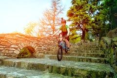 Bici de la muchacha BMX Imagenes de archivo