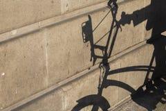 Bici de la sombra Foto de archivo libre de regalías