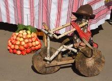 Bici de madera Fotos de archivo libres de regalías