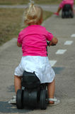 Bici del montar a caballo del niño Imágenes de archivo libres de regalías
