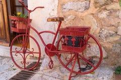 Bici del rojo del vintage Imagenes de archivo
