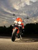 Bici di sport al crepuscolo Fotografia Stock Libera da Diritti