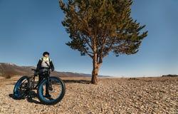 Bici gorda de Fatbike o bici del gordo-neumático Imagen de archivo libre de regalías
