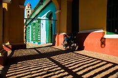 Bici nelle barre di Trinidad fotografia stock libera da diritti