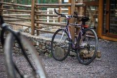 Bici para la conducción de la ciudad fotos de archivo libres de regalías