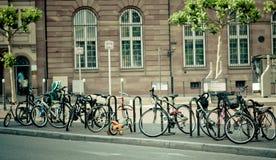 Bici parcheggiate Fotografia Stock