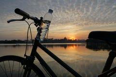 Bici per vita, uguagliante tempo Fotografia Stock Libera da Diritti