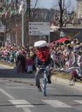 Bici principal grande de la policía del traje fotografía de archivo