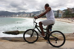 Bici in spiaggia di Arpoador Fotografie Stock