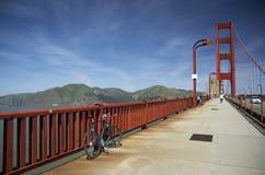 Bici su golden gate bridge, San Francisco, California, U.S.A. Fotografia Stock Libera da Diritti