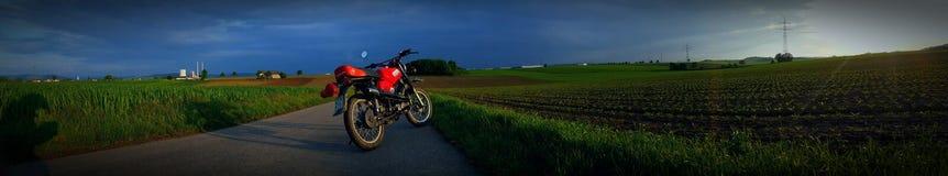 Bici, Sun, tiempo, rojo, simson, RDA Foto de archivo libre de regalías