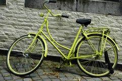 Bici verde Imagenes de archivo