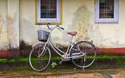 Bici vieja Foto de archivo libre de regalías