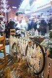 Bici vieja como decoración en el cuadrado de Jelacic Fotografía de archivo