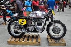 Bicicleta alterada do costume do piloto do café Fotos de Stock Royalty Free