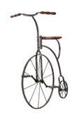 Bicicleta antiquado sobre o branco imagem de stock royalty free