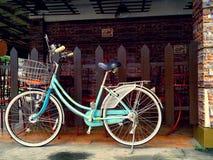 Bicicleta colorida Fotografía de archivo