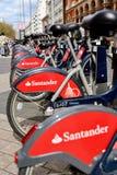 Bicicleta-compartilhando do sistema em Londres fotografia de stock royalty free