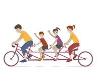 Bicicleta del montar a caballo de la familia Fotografía de archivo