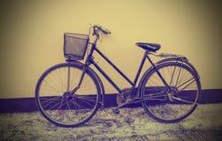 Bicicleta del vintage Foto de archivo libre de regalías