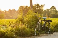 Bicicleta en el día asoleado Imágenes de archivo libres de regalías